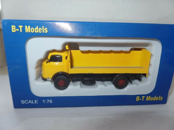 B T Models A005 A-005 1/76 OO Scale Karrier Bantam Drinks Truck Yellow